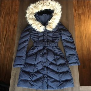 Marciano 90% down puffer jacket with faux fur hood